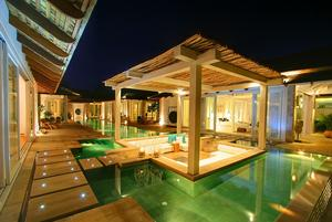 Exotic and Majestic Beachfront Villa on Koh Samui