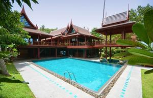 Comfy And Stylish Thai Style Villa
