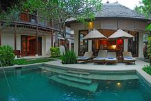 Jimbaran Beach Villa -  Walking distance to Jimbaran beach
