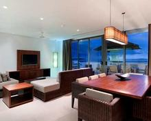 Two Bedroom Penthouse Beachfront - Intimate and luxurious