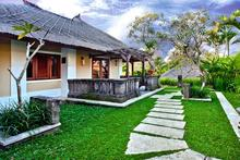 Villa Joty - Adequately mixed with Balinese touch Villa