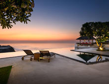 Villa Karang Kembar 3  - A Luxurious Ocean View