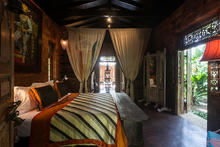 Casa Heliconia - Glamourous from the heart of Colombo