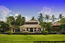 Lotus Residence - Tropical Gardens and Lotus Ponds Around the Six Bedrooms Villa