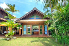 Villa Beatrice  - Homey Atmosphere with Classic Tropical Concept