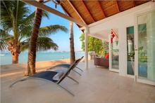 Villa Sirocco - Chic Beachfront Villa in Bang Rak - 7