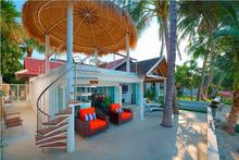Villa Sirocco - Chic Beachfront Villa in Bang Rak - 1