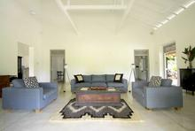 Villa Ivory House - Architecturally Modern 4 Bedroomed Villa - 11