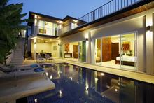 Topaz Villa - An Eclectic mix of Thai Furnishings and Artwork