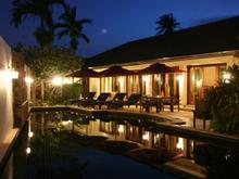The Loch - Mix of Modern Comfy And Traditional Thai Villa