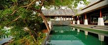 Villa Talay Singh - Charming And Modern Oceanfront Villa