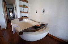 Baan Mika - Bringing a touch of class to beachfront living on Samui - 26