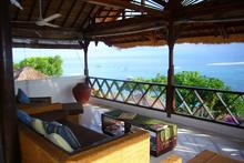 The Upstairs villa - Stunning outlook of ocean villa