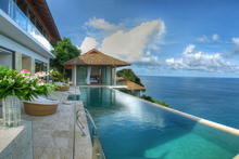 Villa Liberty - Ultimate Luxury Oceanfront villa