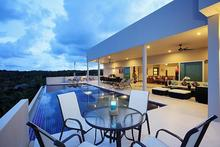 Diamond View - Palatial Seaview Luxury