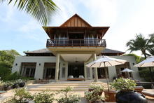 Villa Nobhadol - Traditional Thai Style Pointed Roof Villa