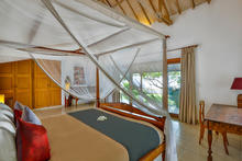 Villa Damai Kecil - A Magnificent 3 Bedroom Villa with Balinese Style - 23