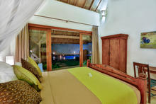 Villa Damai Kecil - A Magnificent 3 Bedroom Villa with Balinese Style - 16
