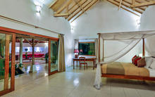Villa Damai Kecil - A Magnificent 3 Bedroom Villa with Balinese Style - 4