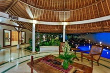 Villa Damai Kecil - A Magnificent 3 Bedroom Villa with Balinese Style - 15