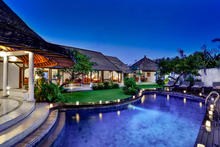 Villa Damai Kecil - A Magnificent 3 Bedroom Villa with Balinese Style - 14