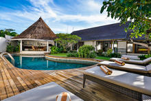 Villa Damai Kecil - A Magnificent 3 Bedroom Villa with Balinese Style - 12