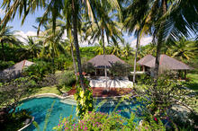 The Anandita - Spectacular 4 BR Beach Front Villa in Lombok