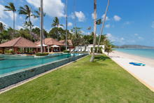 Ban Mekkala - Luxurious 6 Bedroom Beachfront Villa