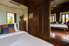 Ban Sairee - Thai Style 7 Bedroom Beachfront Villa - 16