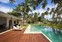 Stella Beach Villa - Wonderful Chic Beachfront Villa at Mirissa Beach - 4