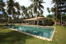 Stella Beach Villa - Wonderful Chic Beachfront Villa at Mirissa Beach - 2