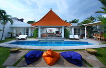 Villa Mutiara Putih - Pure and Elegant Tropical Villa
