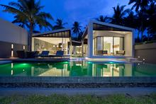 Villa Neung - 3 Bedroomed Luxurious Beachfront Villa