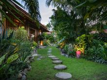 Villa Desa Roro Estate - Traditional Luxurious and Rustic Wooden 7 BR Villa in Tranquil Canggu - 14