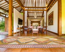 Villa Desa Roro Estate - Traditional Luxurious and Rustic Wooden 7 BR Villa in Tranquil Canggu - 10