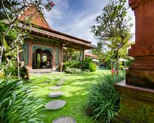 Villa Desa Roro Estate - Traditional Luxurious and Rustic Wooden 7 BR Villa in Tranquil Canggu - 1
