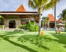 Villa Desa Roro Estate - Traditional Luxurious and Rustic Wooden 7 BR Villa in Tranquil Canggu - 3