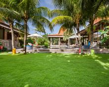 Villa Desa Roro Estate - Traditional Luxurious and Rustic Wooden 7 BR Villa in Tranquil Canggu - 4