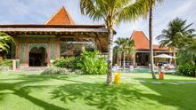 Villa Desa Roro - Exotic 5 Bedroom Villa With Traditional Balinese Design in Tropical Canggu - 4