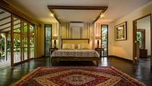 Villa Desa Roro - Exotic 5 Bedroom Villa With Traditional Balinese Design in Tropical Canggu - 15