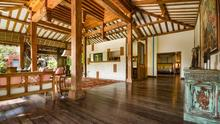 Villa Desa Roro - Exotic 5 Bedroom Villa With Traditional Balinese Design in Tropical Canggu - 17