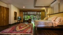 Villa Desa Roro - Exotic 5 Bedroom Villa With Traditional Balinese Design in Tropical Canggu - 18