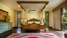 Villa Desa Roro - Exotic 5 Bedroom Villa With Traditional Balinese Design in Tropical Canggu - 21