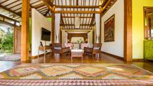 Villa Desa Roro - Exotic 5 Bedroom Villa With Traditional Balinese Design in Tropical Canggu - 31