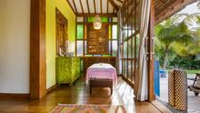 Villa Desa Roro - Exotic 5 Bedroom Villa With Traditional Balinese Design in Tropical Canggu - 33