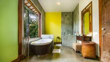 Villa Desa Roro - Exotic 5 Bedroom Villa With Traditional Balinese Design in Tropical Canggu - 37