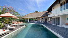 Villa Kami - Expansive Tropical 4 Bedroom Villa Nestled Away In The Rice Paddies Of Canggu - 1