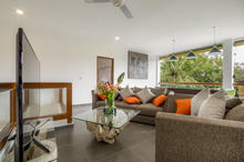 Villa Wiana - Modern Chic With Tropical Charm 3 Bedroom Villa in Seminyak - 16