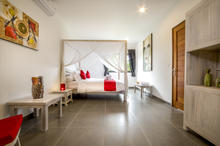 Villa Wiana - Modern Chic With Tropical Charm 3 Bedroom Villa in Seminyak - 19