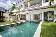 Villa Wiana - Modern Chic With Tropical Charm 3 Bedroom Villa in Seminyak - 2